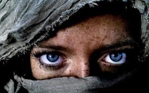 """Kim Hanskamp a décroché le prix """"Personne"""" avec sa photo de ce regard très intense."""