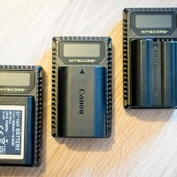Les chargeurs USB Nitecore pour Nikon, Canon et Leica sont chez RevuePhoto