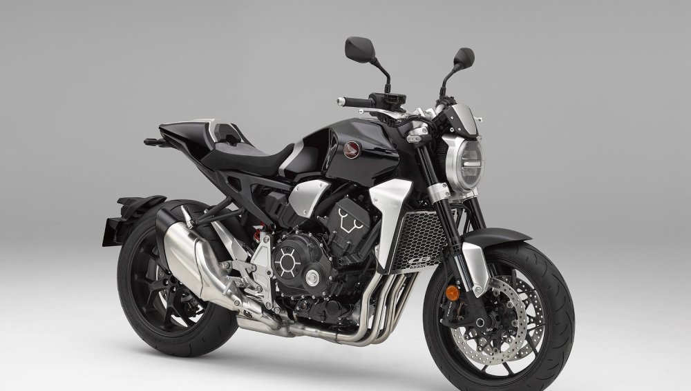 medium resolution of 2018 honda cb1000r first look