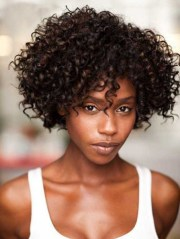 short curly hairstyles capless
