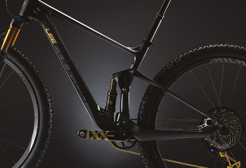 Crossfire 428 - The shortest chainstay in Full XC MTB