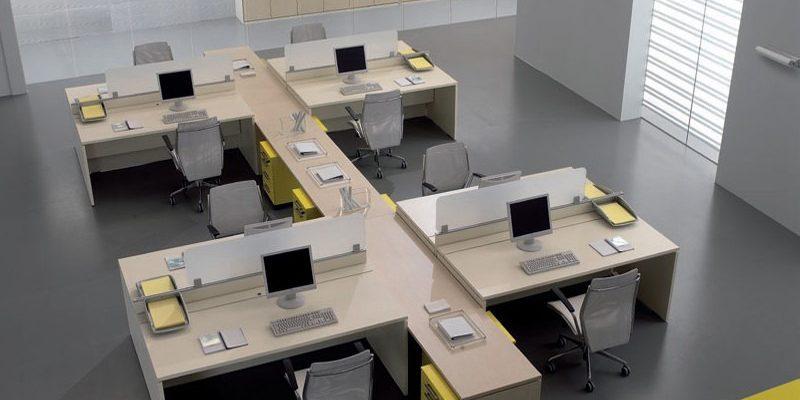 Arredoufficio si occupa di progettazione ufficio, arredamento per ufficio, arredo ufficio, mobili per ufficio, pareti per ufficio. Arredamento Ufficio Ecco Tutti I Vantaggi E Gli Svantaggi Di Una Scrivania In Vetro Rexpo News