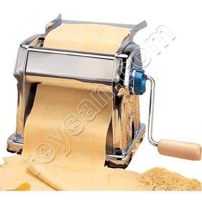 machine manuelle pour la fabrication de pates fraiches