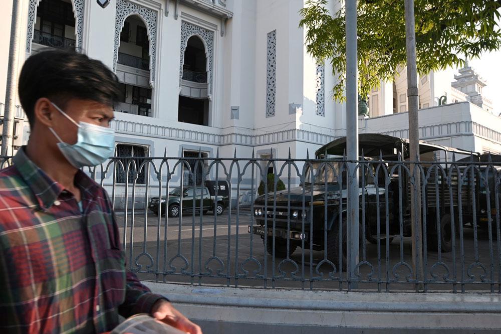 Myanmar_coup002-2.jpg