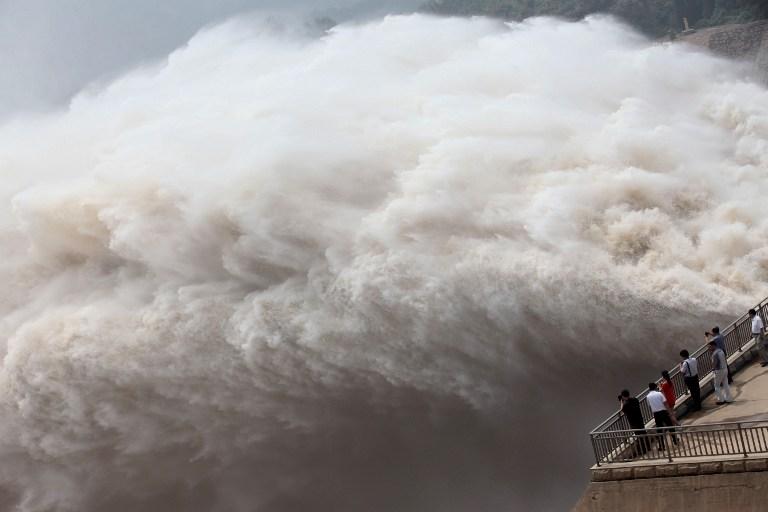 Dozens of Chinese Cities Under Threat of Dam Collapse