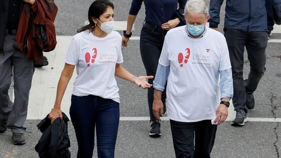 中国拘捕2名加拿大人千日  全球各地发起为自由步行活动