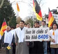 VietnameseGermanyProtest200.jpg