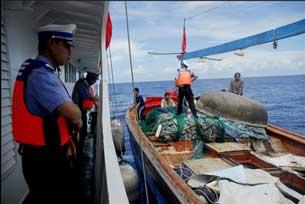 Trung Quốc bắt những ngư dân Việt Nam đánh cá tại khu vực Hoàng Sa