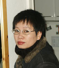 Nhà văn Phạm Thị Hoài, chủ biên tờ talawas. Photo courtesy of vietnamlit.org