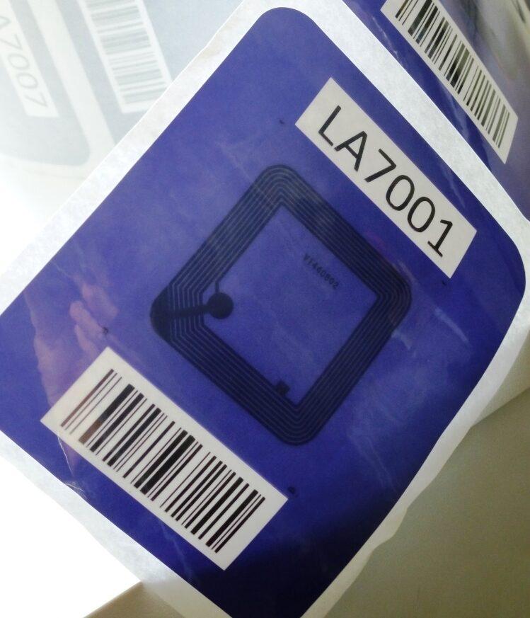Tag RFID waterproof in banda HF per applicazione nel food