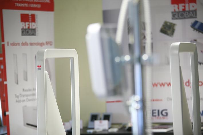 RFID Global - RFID Testing Center, gate UHF ed HF