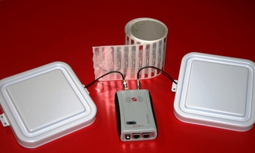 Reader RFID UHF Ethernet RedWave SmartFly RED.MRU80.FLY-E