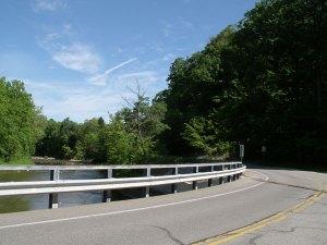 近くの橋から観た景色