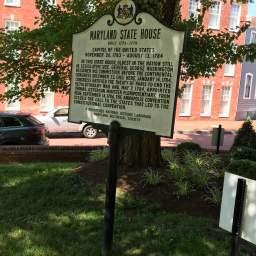 メリーランド州会議事堂のサイン。