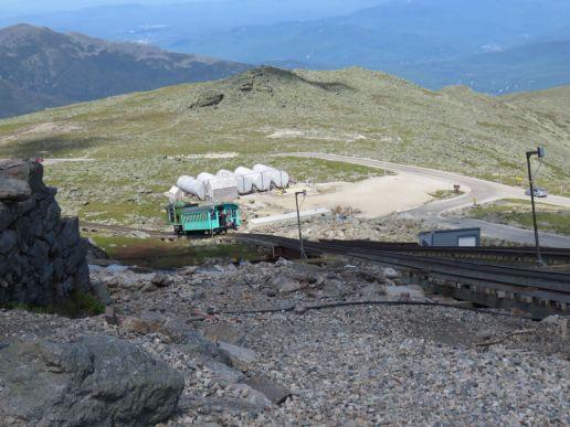 ニューハンプシャー州ワシントン山にあるコグレイルという山岳列車。