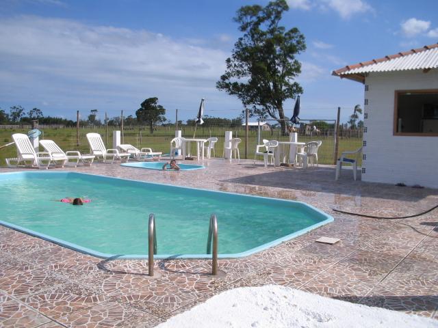 piscina-pousada-da-lagoa-arroiodosal1