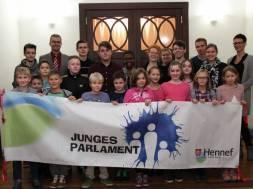 junges-parlament-0771-300dpi-15cm