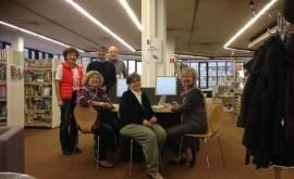 01400 57.057 Foto Senioren des CLUB bei der Übungsstunde zum Online-Banking(P000521532)