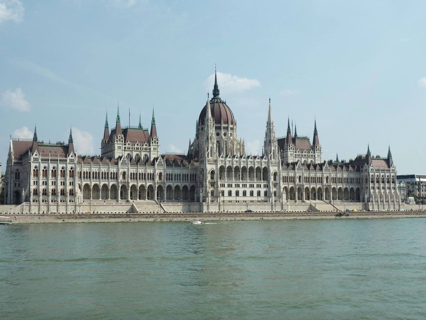My Hearts In Budapest – 3 Days In The City