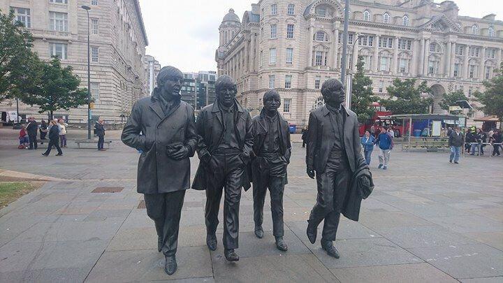 beatles statue