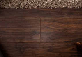 What Are Walnut Flooring Pros and Cons?