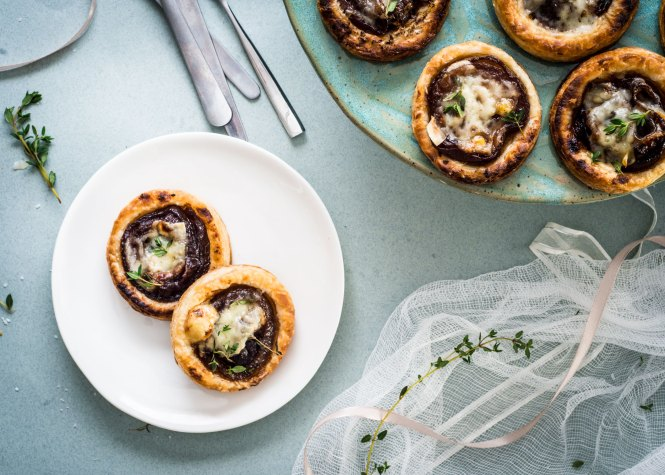French Onion Tarts with Gruyere