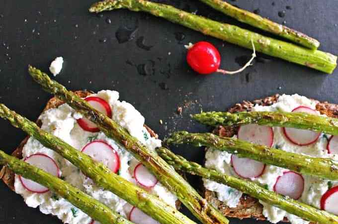 Chive ricotta toast with asparagus and radish