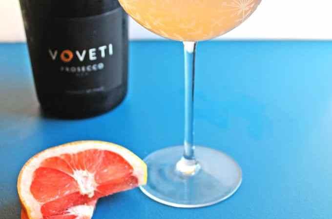 Honey grapefruit prosecco mimosa