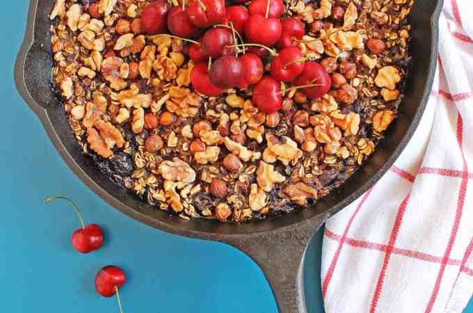 Cherry vanilla skillet baked oatmeal #FoodieMamas