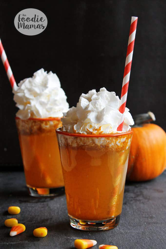 Homemade pumpkin spice soda plus 4 more fun, family friendly Halloween treat recipes from The Foodie Mamas! Sure to make your Halloween party the best on the block!