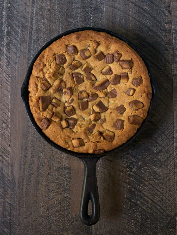 Peanut butter cup skillet cookie plus 4 more fun, family friendly Halloween treat recipes from The Foodie Mamas! Sure to make your Halloween party the best on the block!