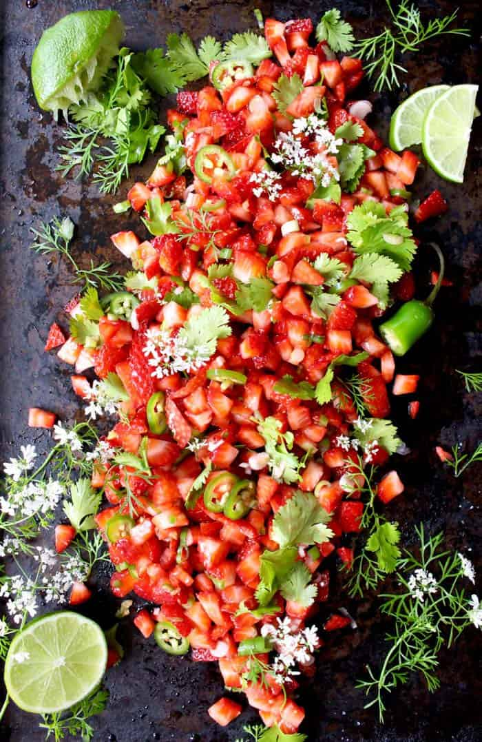 Strawberry salsa + 15 Farmers market recipes to make in March! Delicious, vegetarian, late winter/ early spring, (mostly) healthy recipes made with fresh, seasonal produce from your local farmers market or CSA bin. Eat local!