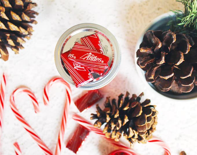 Homemade chocolate candy peppermint vodka recipe! This infused chocolate peppermint vodka is the perfect hand made holiday gift for that cocktail lover in your life. // Rhubarbarians