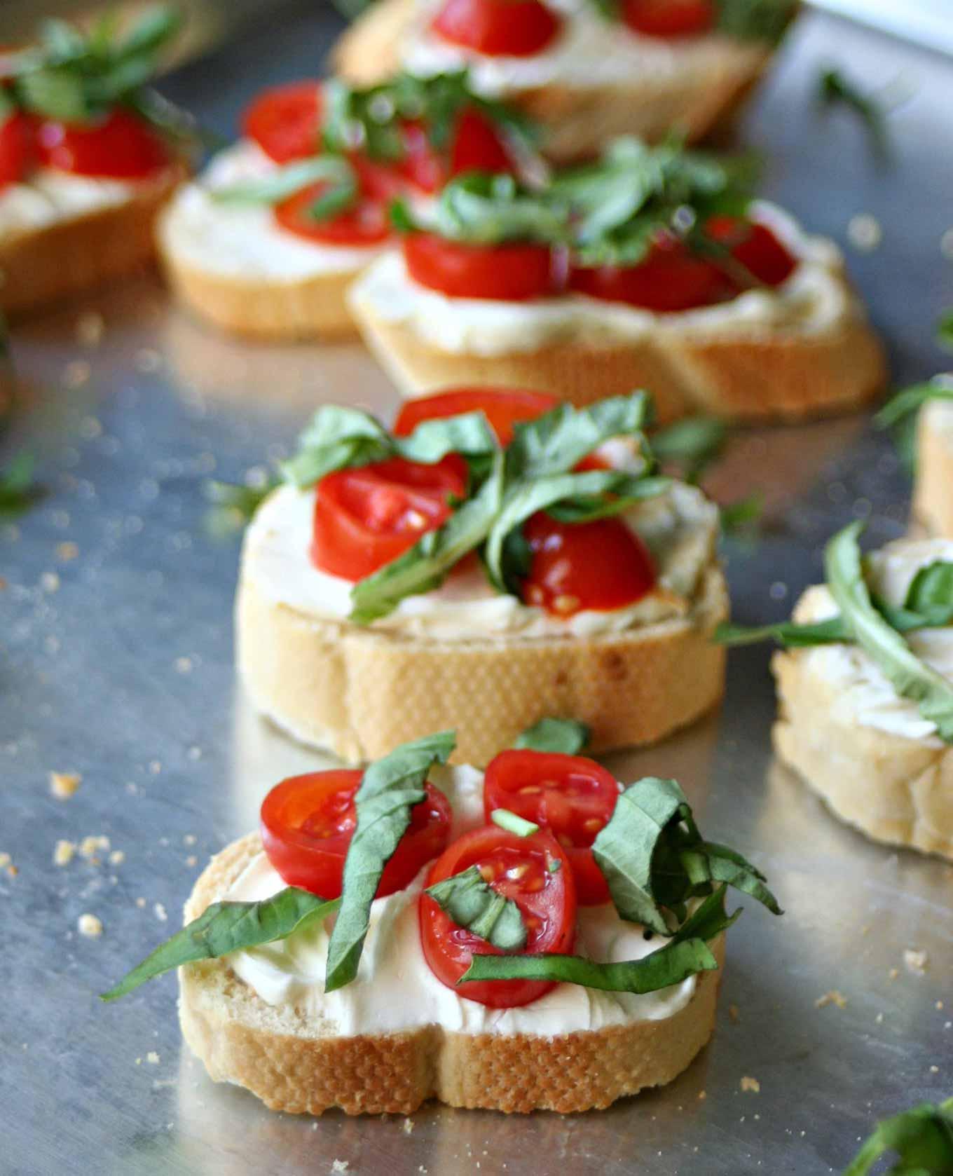 tomato basil crostini