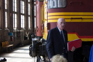 The Hon. Tim Fischer AC, Patron of Junee Rhythm n Rail Festival, officially opening the Festival at the Junee Roundhouse Museum