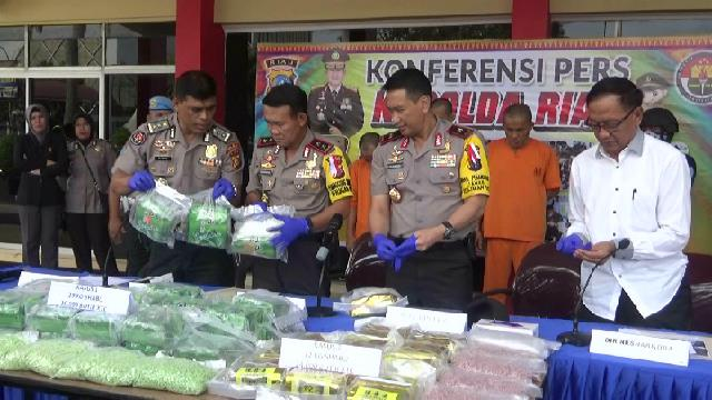 Polda Riau Gagalkan Peredaran Narkoba Senilai Rp54 Miliar