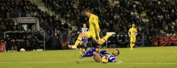 ponferradina_deportivo_luis_saltando