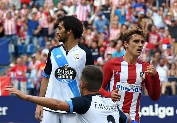 Navarro y Arribas pidieron fuera de juego de Gameiro en la jugada del gol del francés