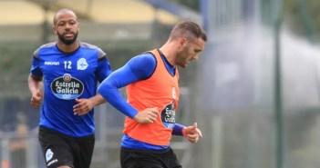 Lucas Pérez y Sidnei en entrenamiento del Deportivo