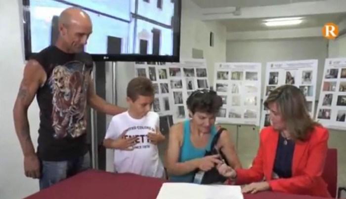 Alzira entrega les tres primeres vivendes socials al barri de l'Alquerieta.