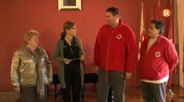 L'Ajuntament d'Alzira entrega 10.000 euros a Càritas i Creu Roja