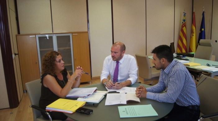 Gaspar y el Ayuntamiento de La Pobla Llarga analizan las necesidades del municipio