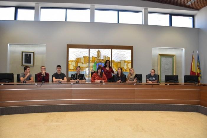 Estudiants americans visiten l'Ajuntament de Carlet