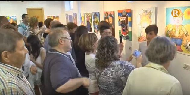 Guadassuar inaugura l'exposició col·lectiva del taller de dibuix i pintura del col·legi Balmes