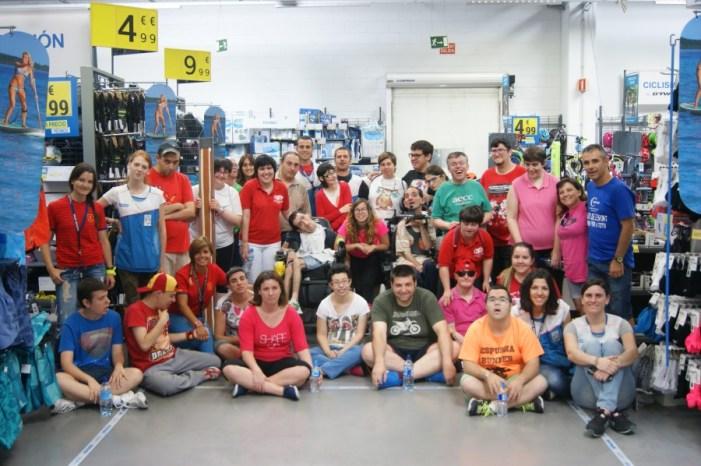 El Centre ocupacional la Costera particia del dia de la Fundació Decathlon