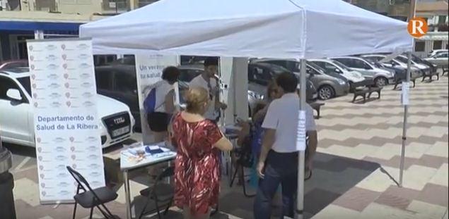 El Departament de Salut de La Ribera enceta una campanya de promoció de la salut a les principals platges