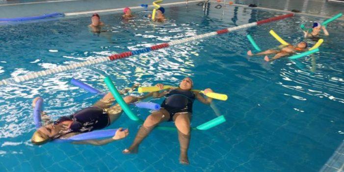 Carcaixent s'incorpora al programa de natació per a embarassades del Departament de Salut de La Ribera