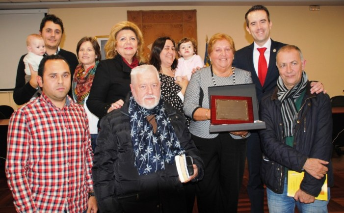Alberic homenatja a Doménech pel seu premi pòstum d'assaig