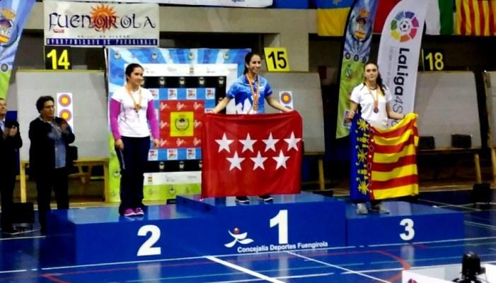 Nerea López, medalla de bronze en el Campionat d'Espanya de Tir amb Arc en Sala