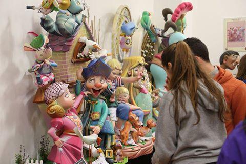 L'Exposició del Ninot de Cullera tanca després de rebre 2.000 visitants
